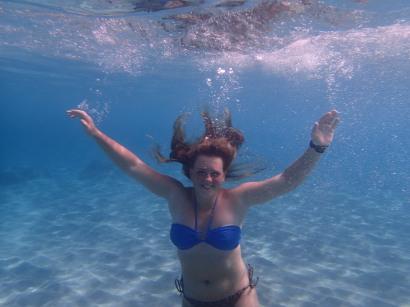 Ylva underwater