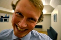 Creepy sondre selfie