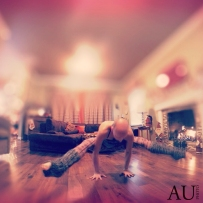 Time to play #yogaeverydamnday #yoga #teekiyoga #armbalance #rvayoga